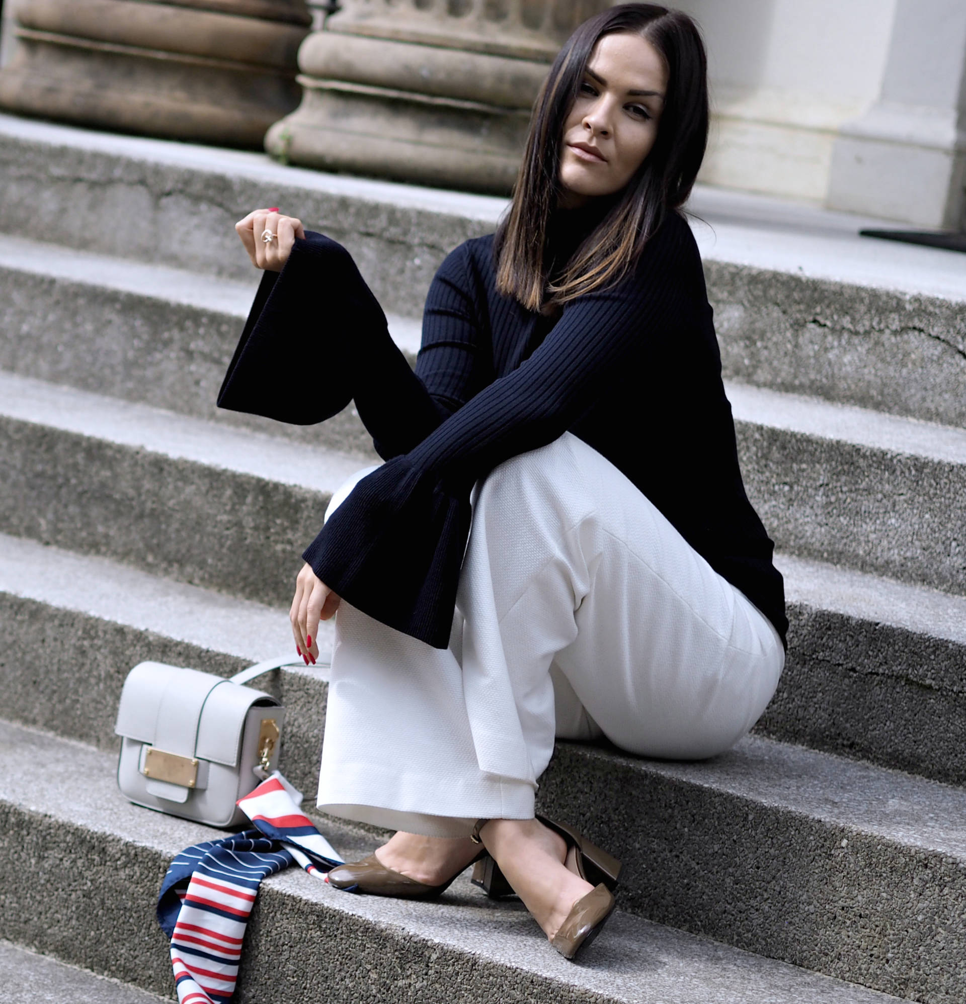 LAFOTKA-FASHION-BLOGGER-HM-BELLS-SLEEVE-POLO-NECK