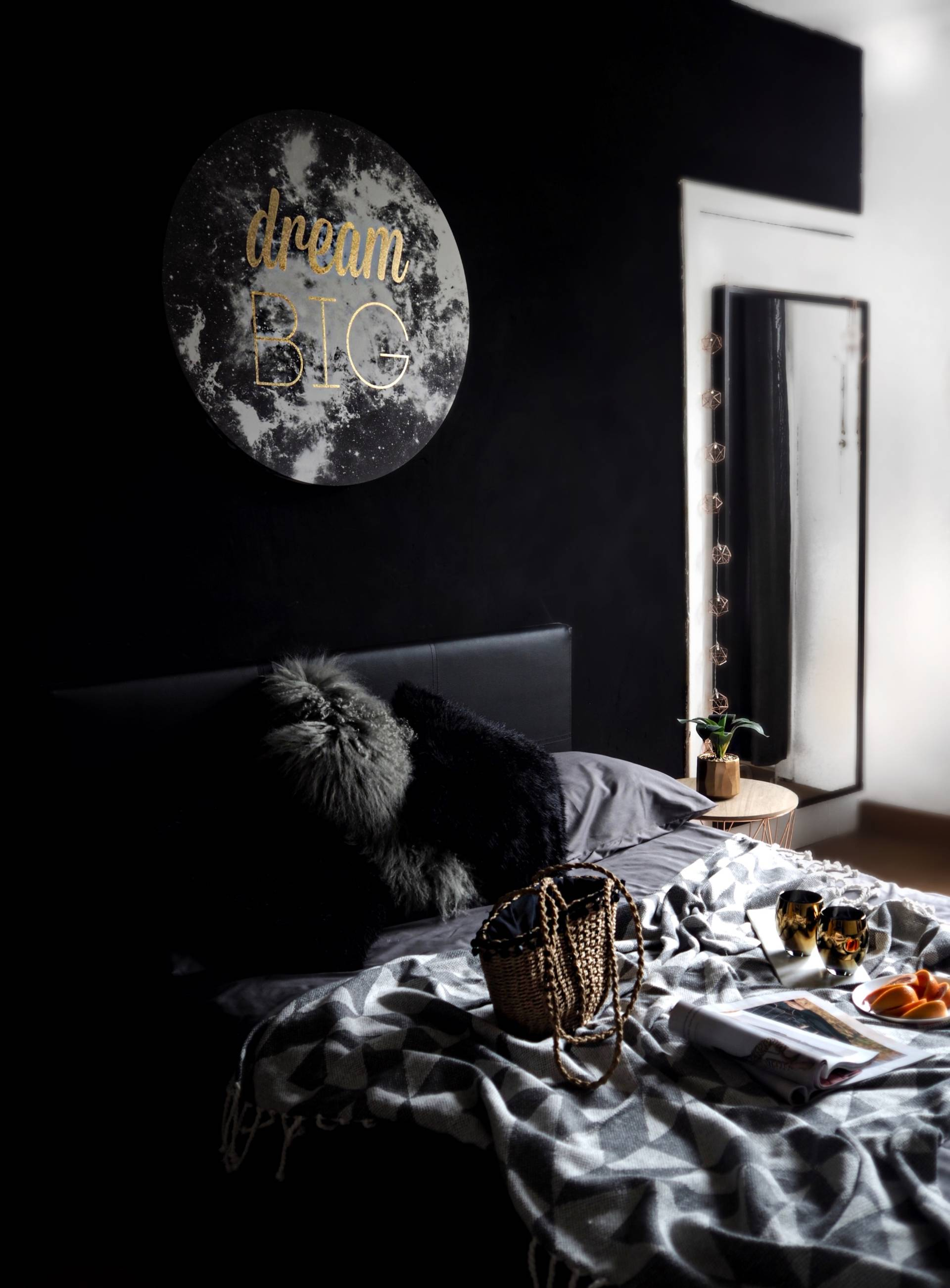 LAFOTKA-INTERIOR-DARK-WALLS-NEXT-HOMEWARE-FEATURES-BLOGGER-HOME-OFFICE-SPACE