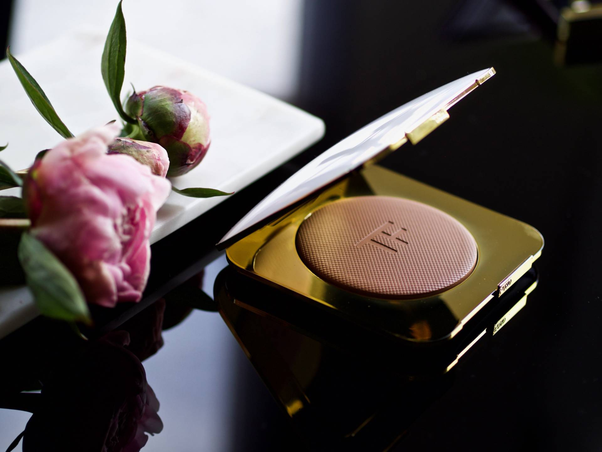 Tom-Ford-Soleil-Bronzer-and-Eye-Quad-lafotka-fashion-beauty-blogger