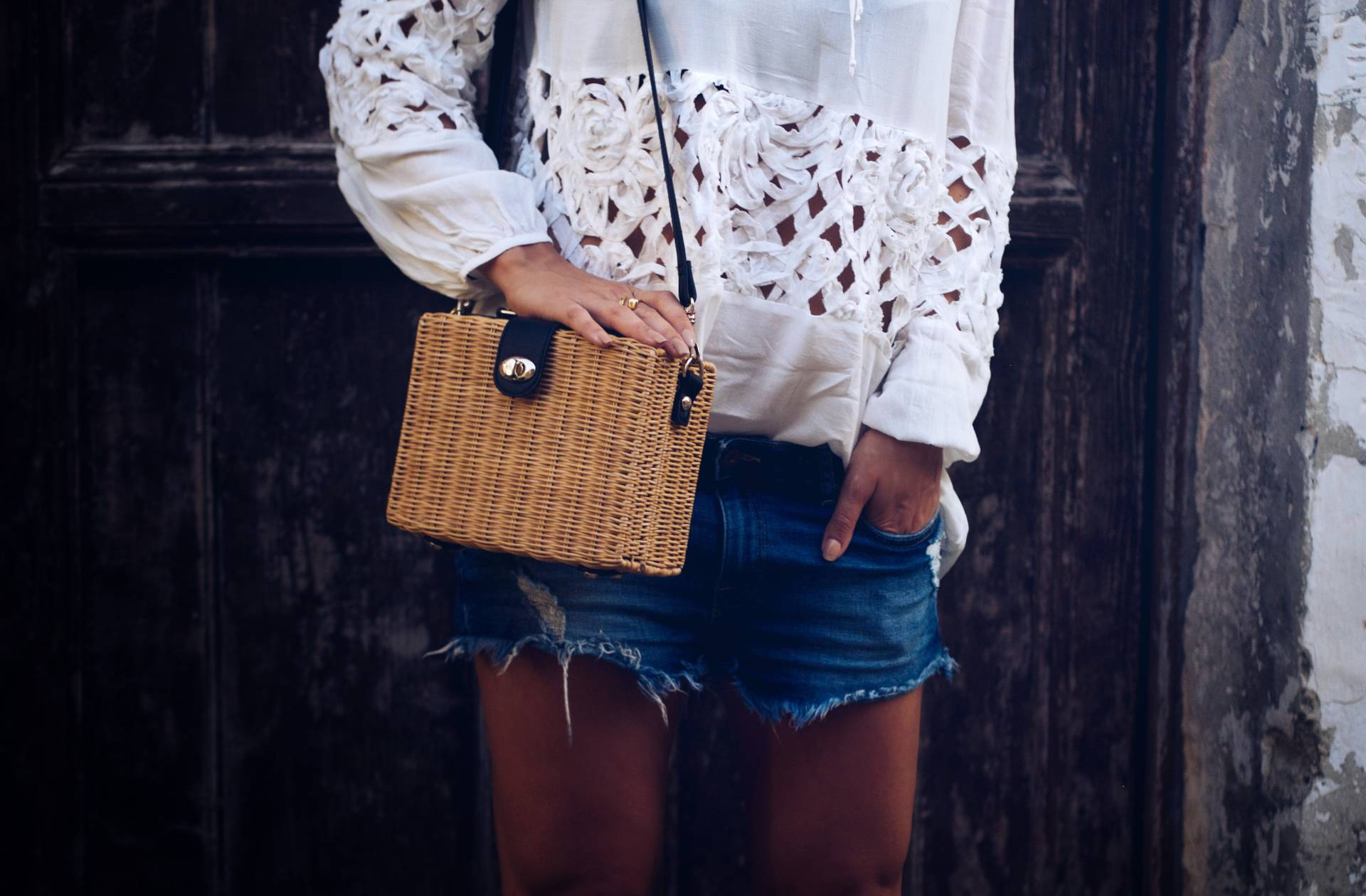 LAFOTKA-wears-Paulie-Blouse-Atterley-Holiday-Style
