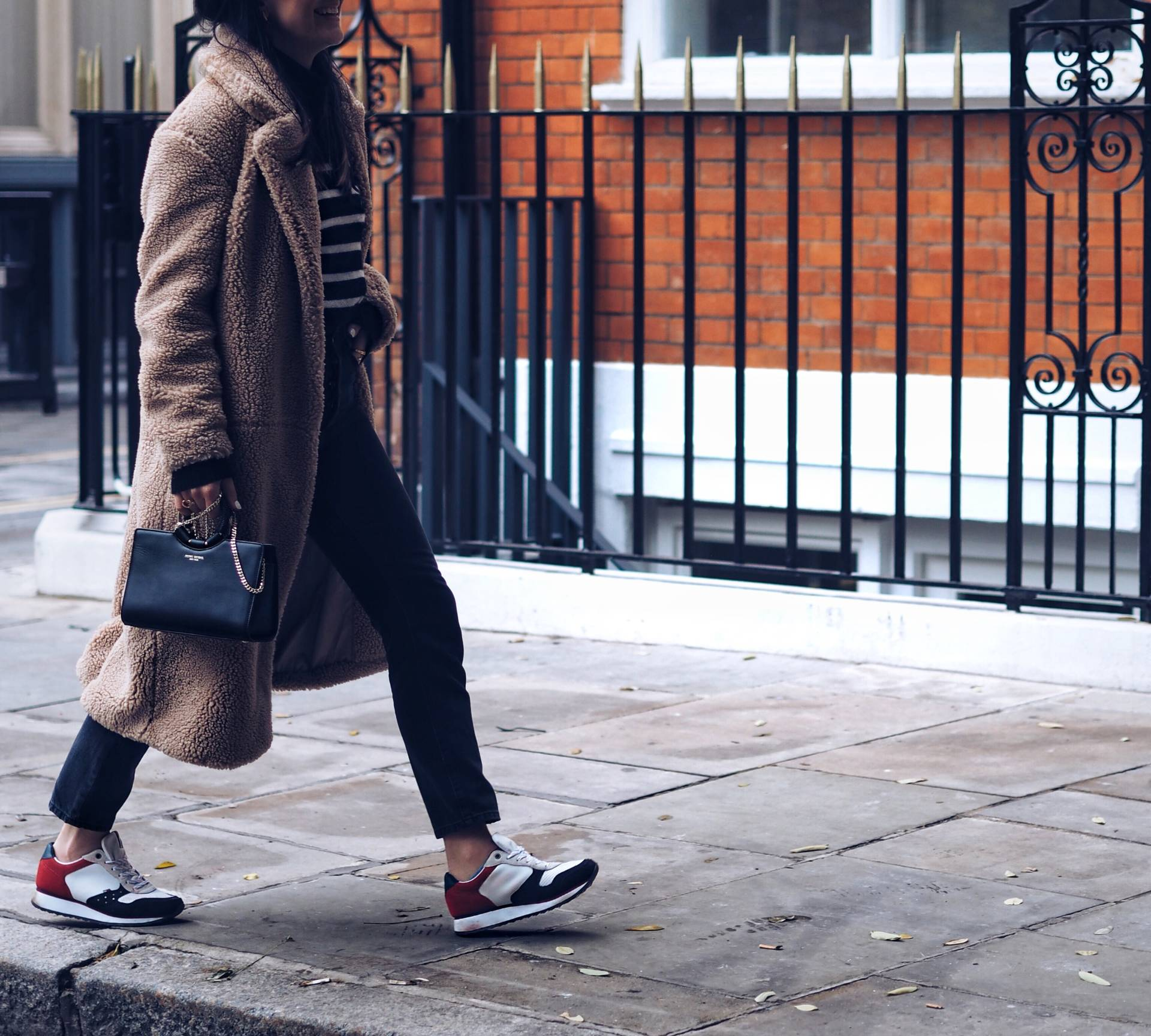 Teddy-pile-coat-street-style-London-fashion-blogger-lafotka