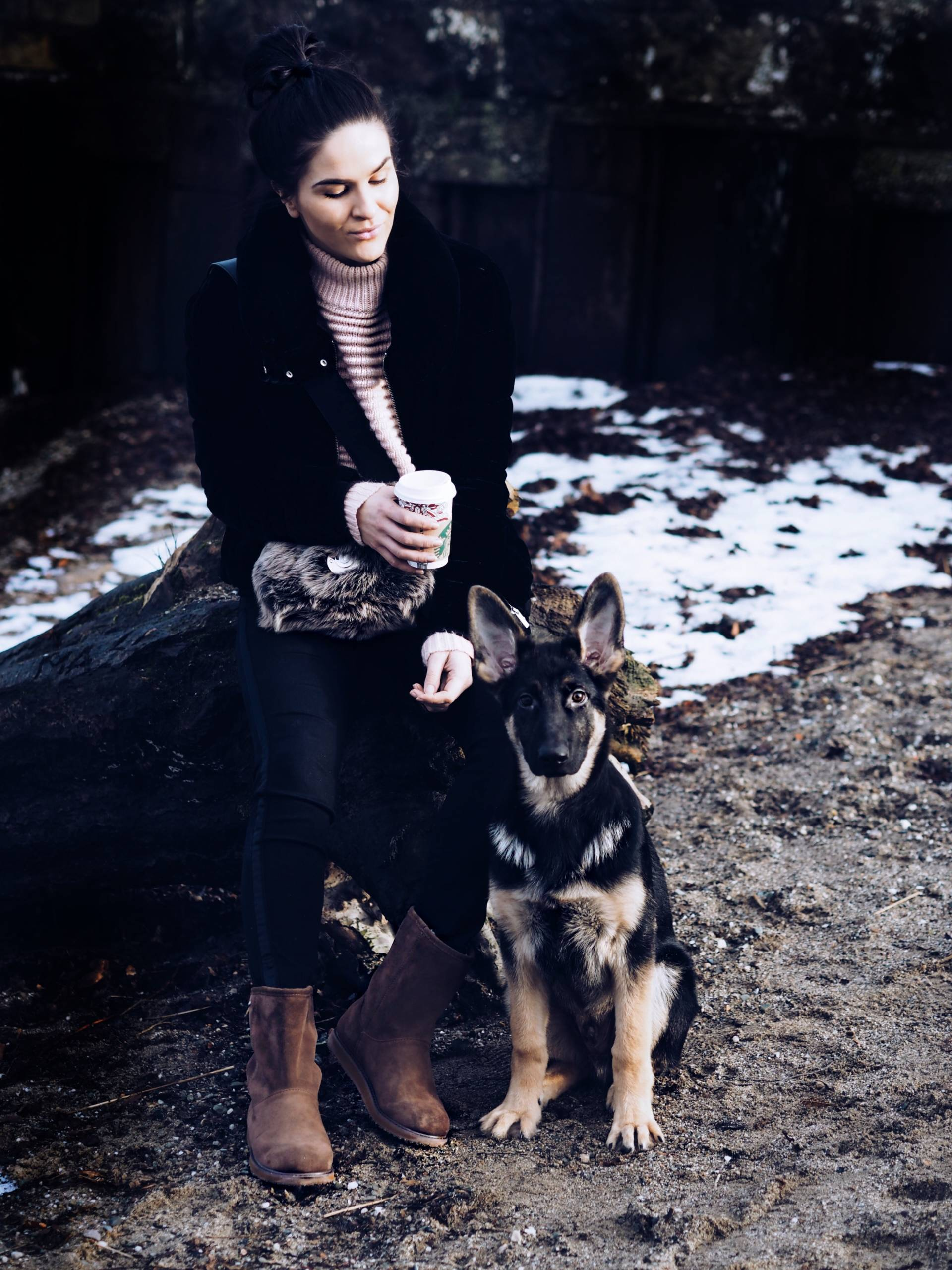 LAFOTKA-PATERSON-EMU-WATERPROOF-BOOTS-GERMAN-SHEPHERD-PUPPY-GLASGOW