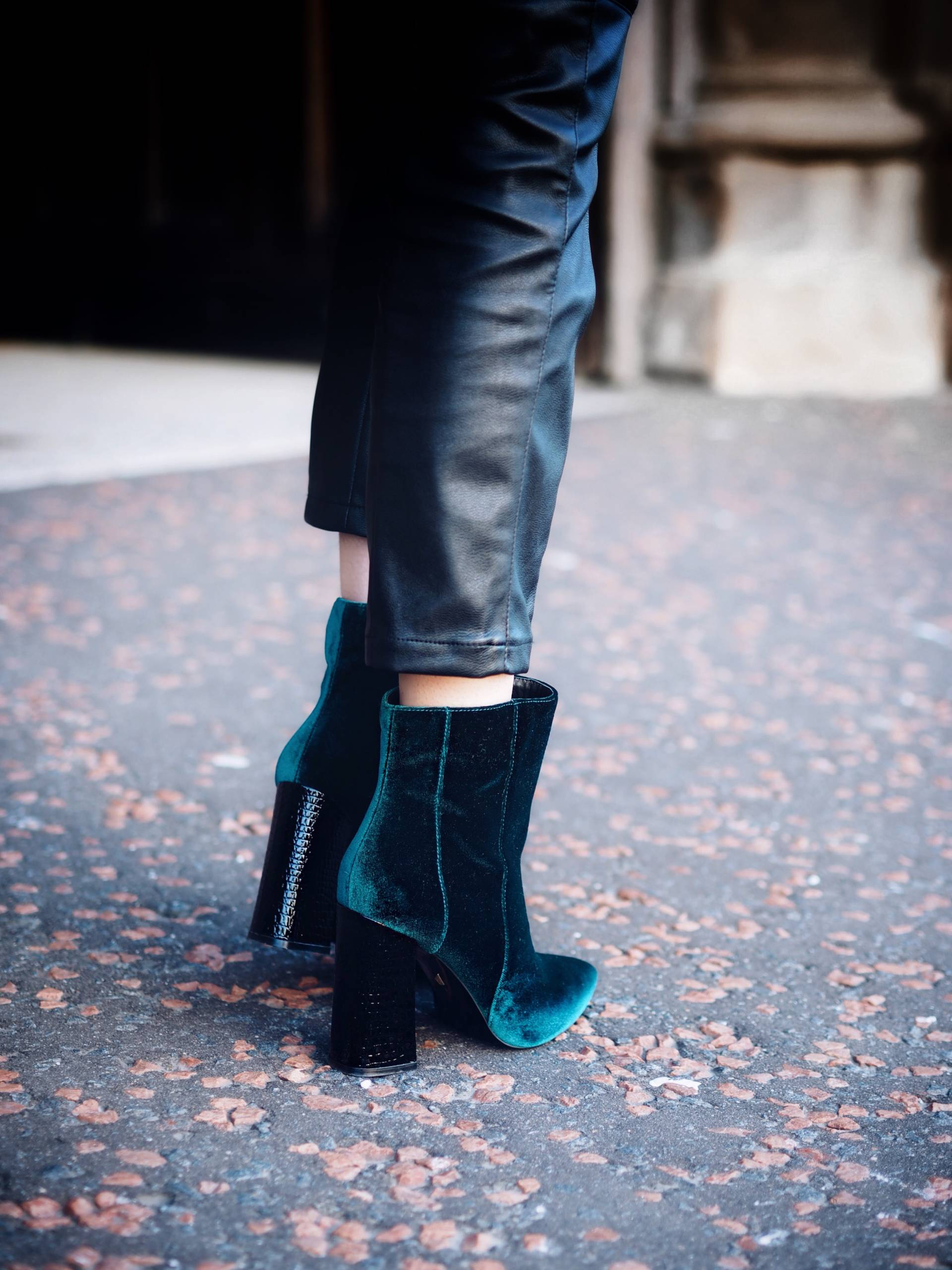LAFOTKA-SCOTTISH-STREET-STYLE-BLOGGER-SHOES-OF-PREY