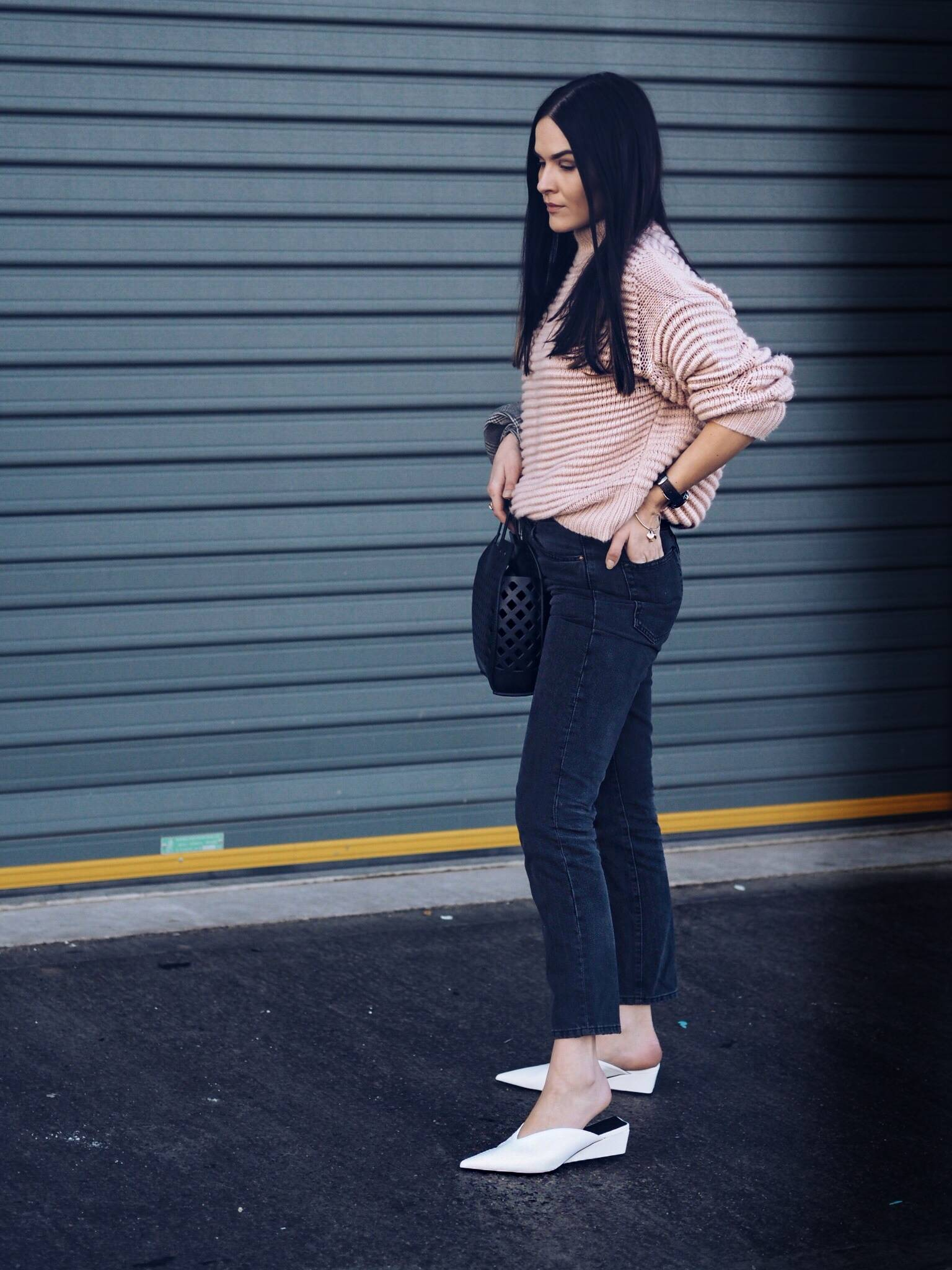 uk fashion blogger LAFOTKA wearing street style