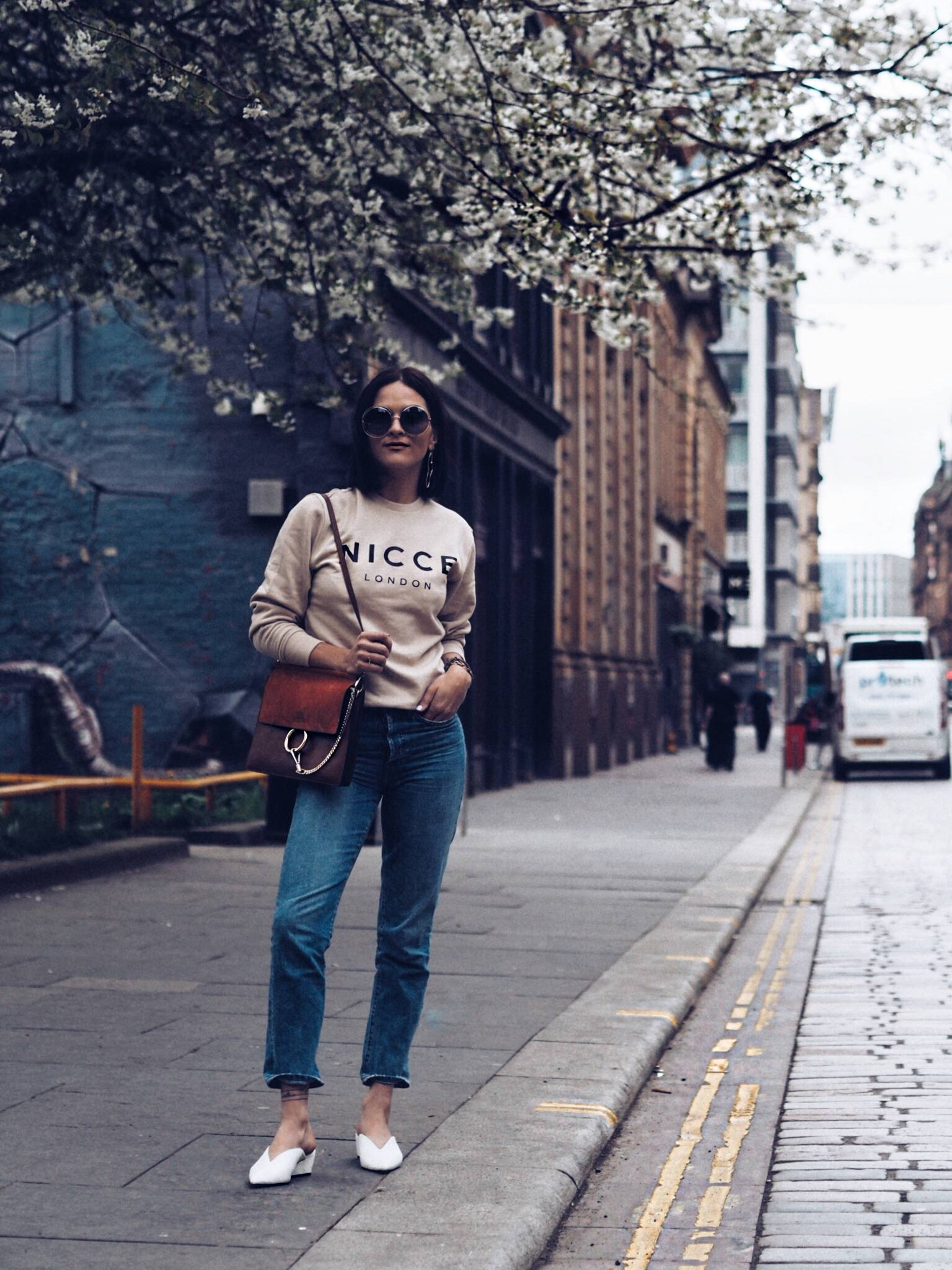 NICCE-how-to-wear-hoodies-and-sweatshirts-street-style-by-Glasgow-blogger-LAFOTKA