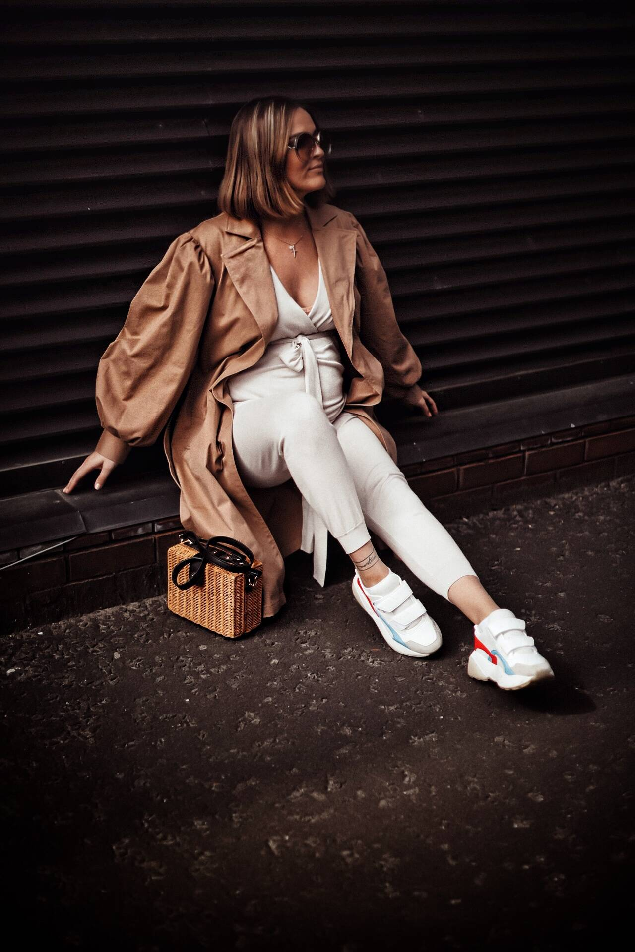 LAFOTKA-GEORGE-AT-ASDA-TRENCH-PREGNANCY-STYLE-INSPIRATION
